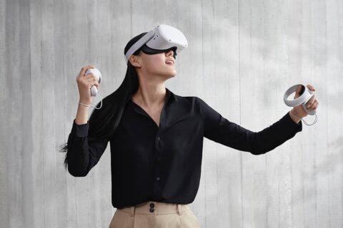 Facebook studia la possibilità di integrare visori Oculus con Salute di Apple