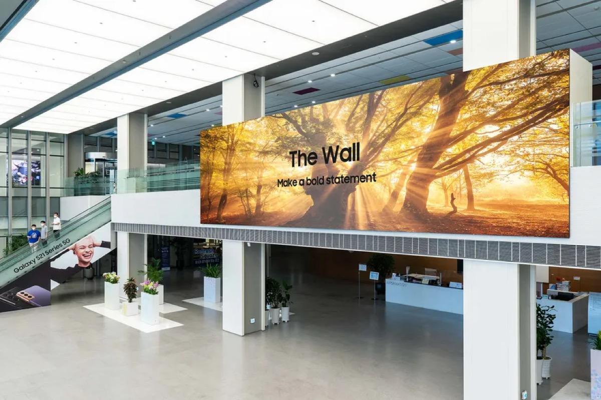 Un nuovo The Wall per Samsung: display MicroLED da 1.000 pollici ancor più sottile
