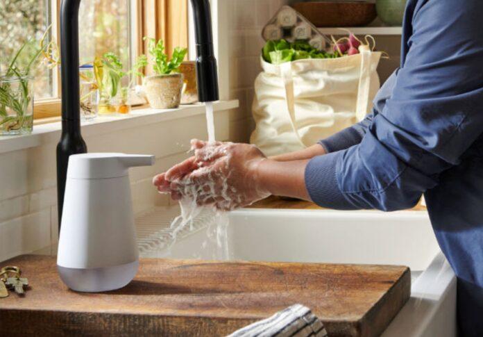 Amazon lancia il dispenser di sapone smart in USA