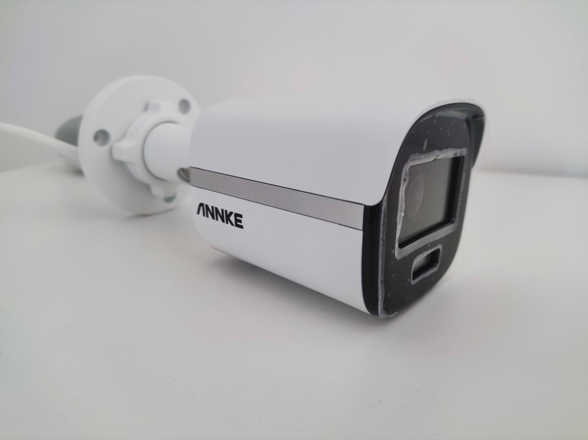 In prova ANNKE NC400, la camera di sicurezza che vi fa vedere i colori al buio
