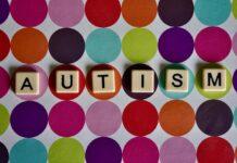 Apple studia l'uso della fotocamera di iPhone per riconoscere segni di autismo nel bambino