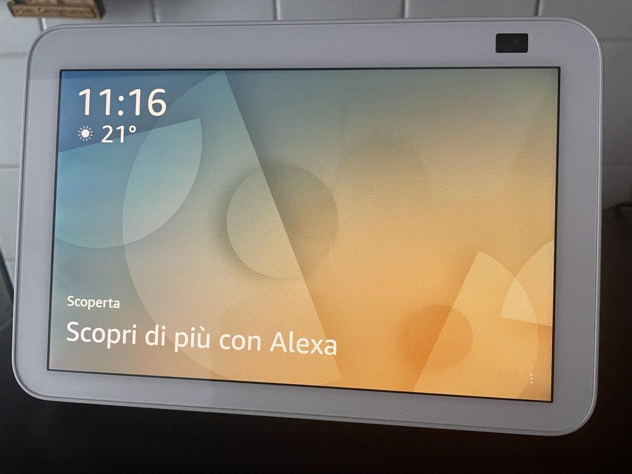 Amazon Echo Show 8, recensione dello speaker smart per indecisi