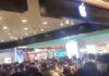 iPhone 13, la folla ha preso d'assalto un negozio in Cina