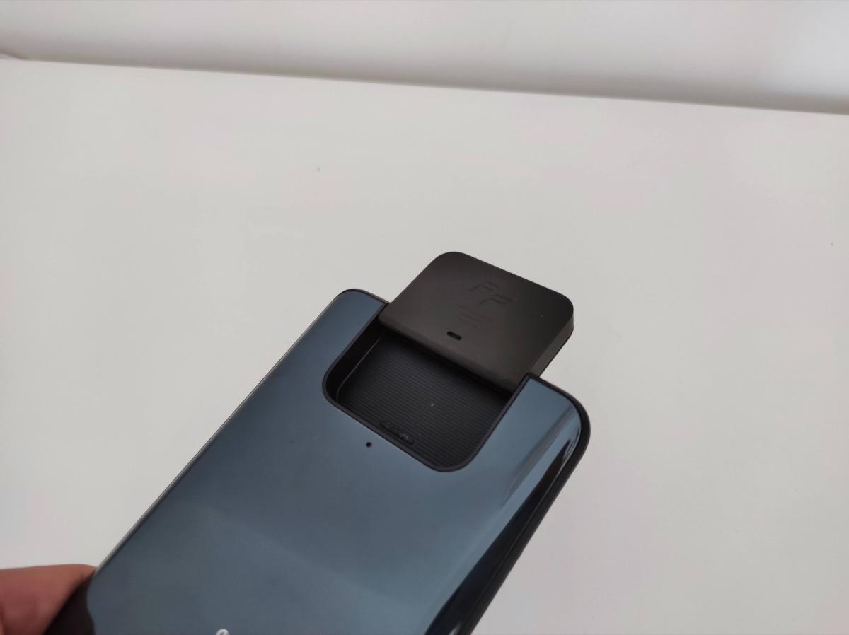Recensione ASUS Zenfone 8 Flip