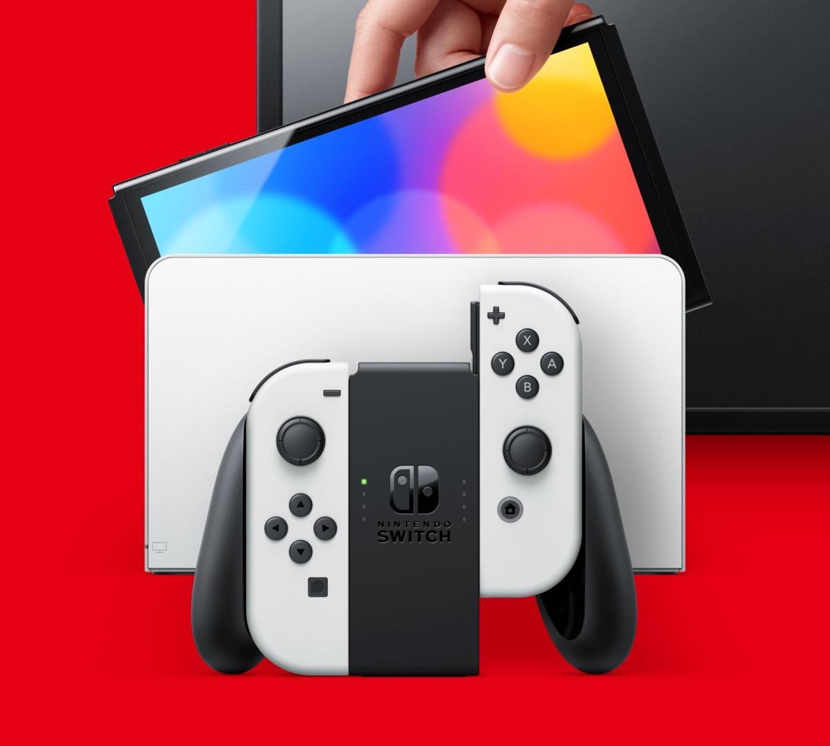 Nintendo Switch OLED a 187 € su Amazon …
